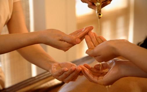 Королевский oil -массаж в 4 руки 5000 р/час